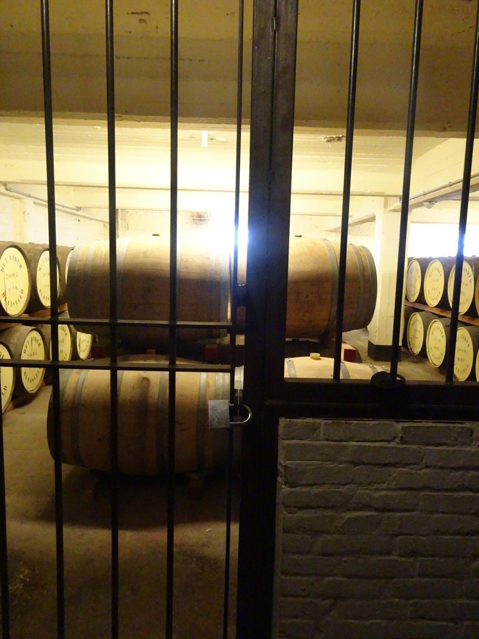 Brouwerij Het Anker - opslag vaten Wisky stokerij De Molenberg